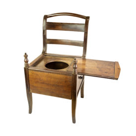 Cadeira furada (uso masculino)